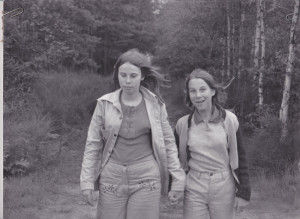 Córki Ryśka w Boszkowie pod Lesznem. Joanna niedawno wróciła z Londynu, gdzie była z mamą - Anną Jankowską.