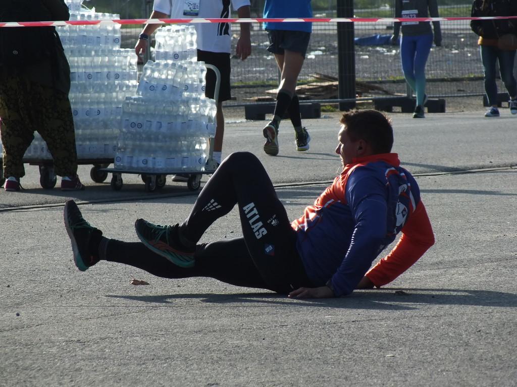 PZU Maraton Warszawski. Rozgrzewka przed startem.