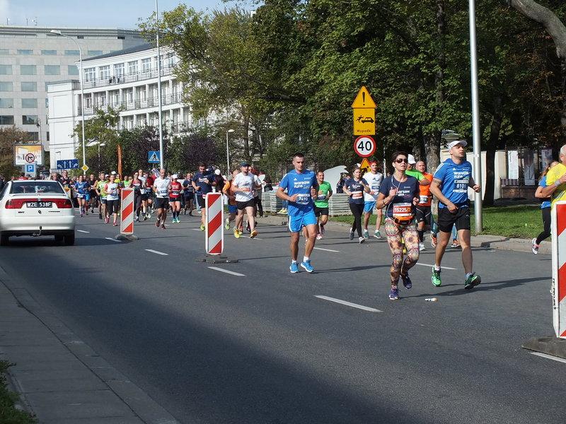 37. Maraton Warszawski. Jeśli ktoś wyjechał w trasę, musiał uzbroić się w cierpliwość.