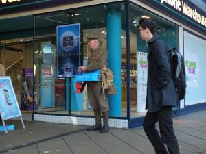 Kwesta na rzecz The Royal British Legion. Na rogu Upper Precinct i Market Way.