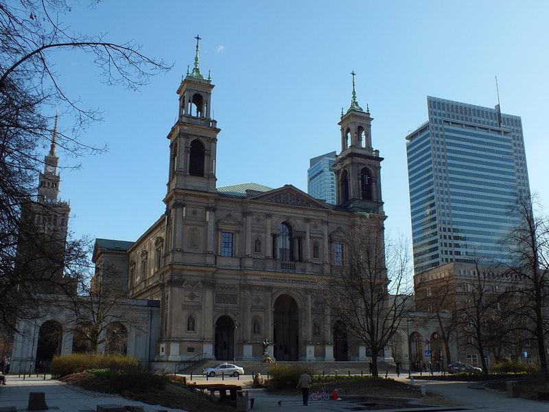 Kościół Wszystkich Świętych w Warszawie. Nazwa trochę myli. Tylu świętych w tym mieście nie ma