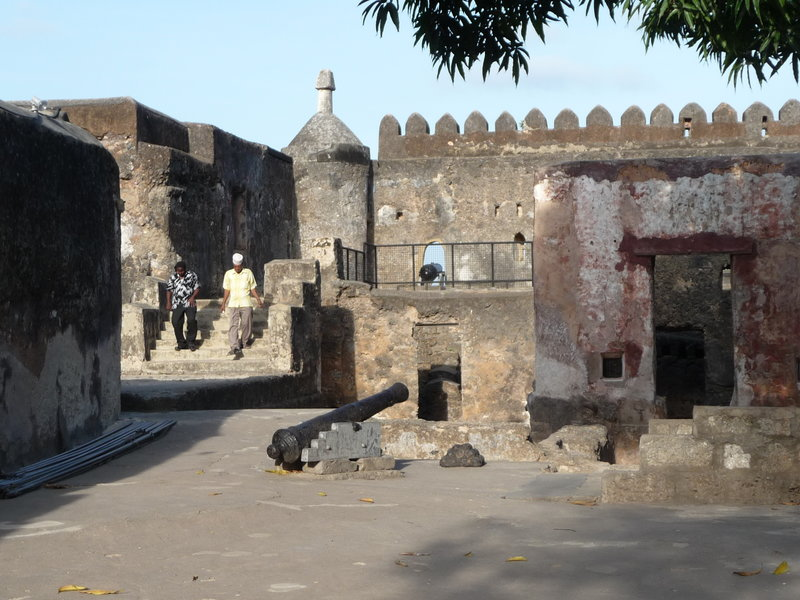 Fort Jesus w suahili Boma la Yesu – fort w Mombasie w Kenii od 2011 roku jest na liście światowego dziedzictwa UNESCO. Zbudowali go Portugalczycy pod koniec XVI wieku