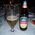 Podczas leniuchowania pod Mombasą, zaliczyliśmy nie jeden raz Kilimandżaro. Tak się nazywa jedno z piw w Kenii